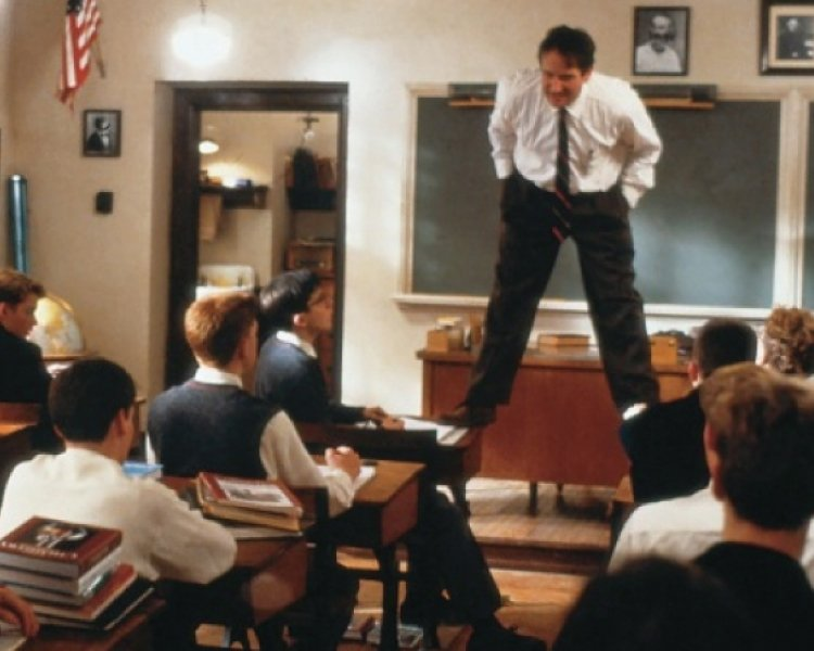 Dead-Poets-Society-Inspiring-Must-Watch-Movies
