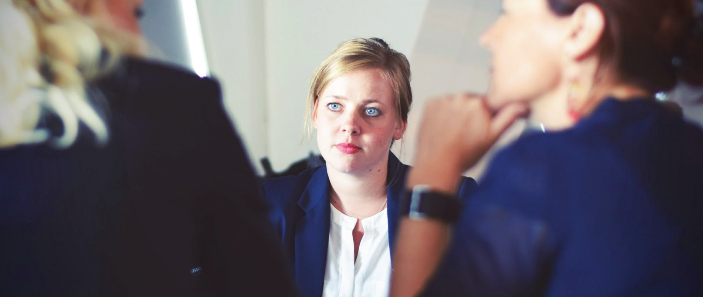 6 Ways To Appear Confident At interviews Even If You are Super Nervous